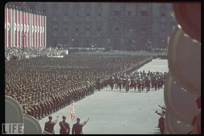 http://historian.persiangig.com/WWII/018.jpg