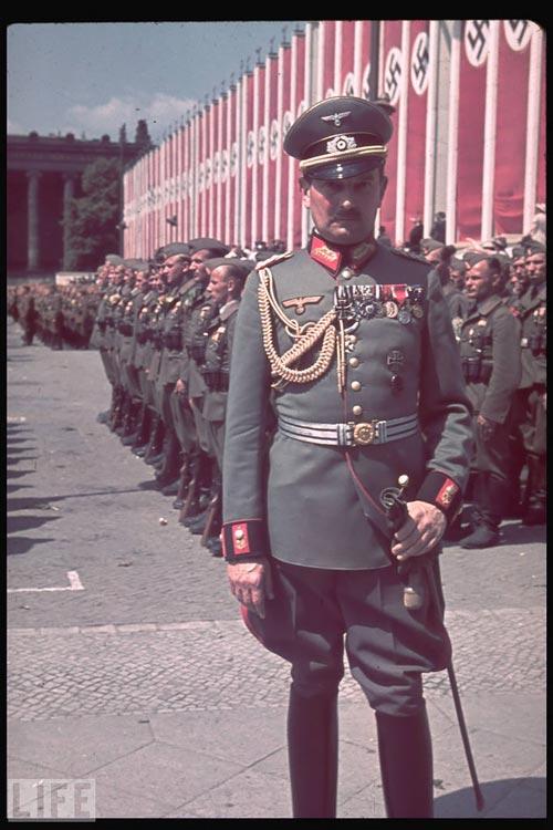 http://historian.persiangig.com/WWII/021.jpg