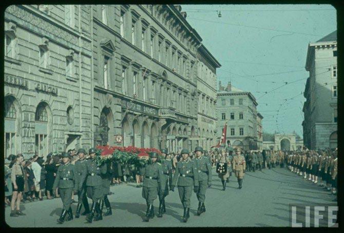 http://historian.persiangig.com/WWII/034.jpg